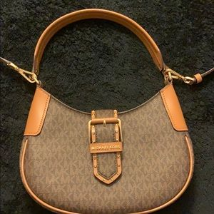 Micheal Khors Brown Purse . *NEVER USED OR WORN*